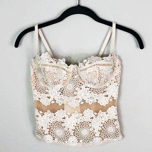 Victoria's Secret White Lace Bralette w/ Underwire